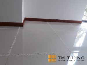 tile-grout-removal-tm-tiling-singapore-1