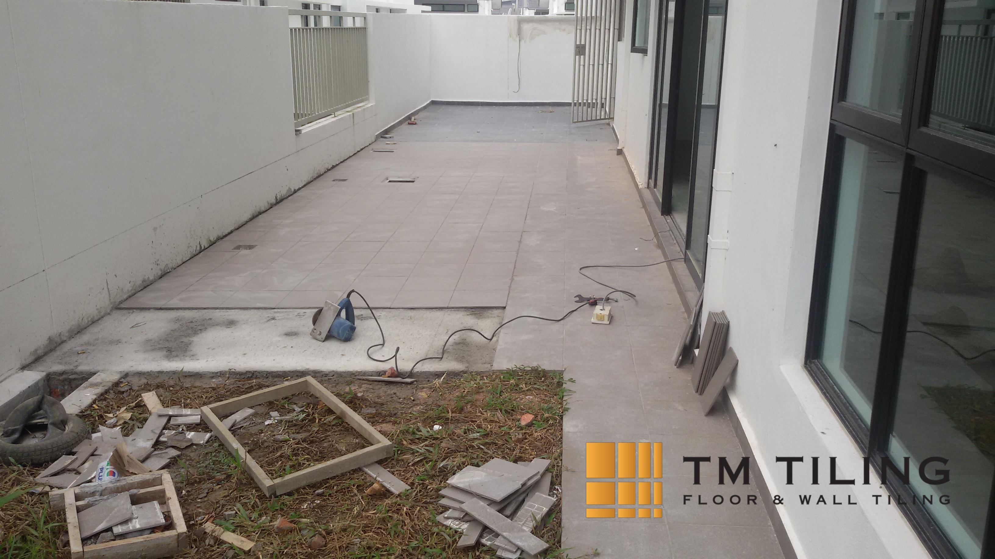 patio-tile-installation-tm-tiling-singapore-landed-marine-parade_wm